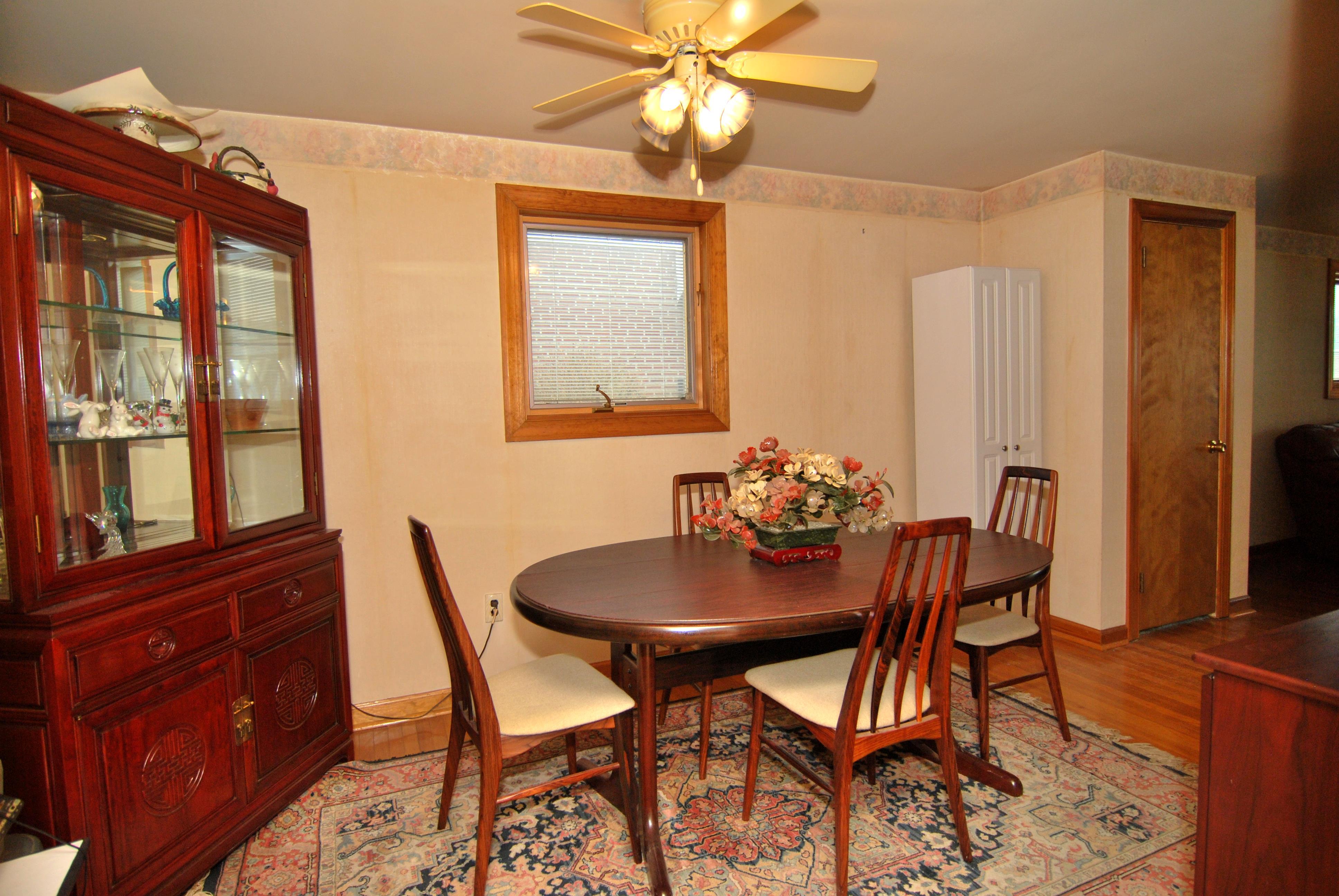 Dining Room Sets 19114 3